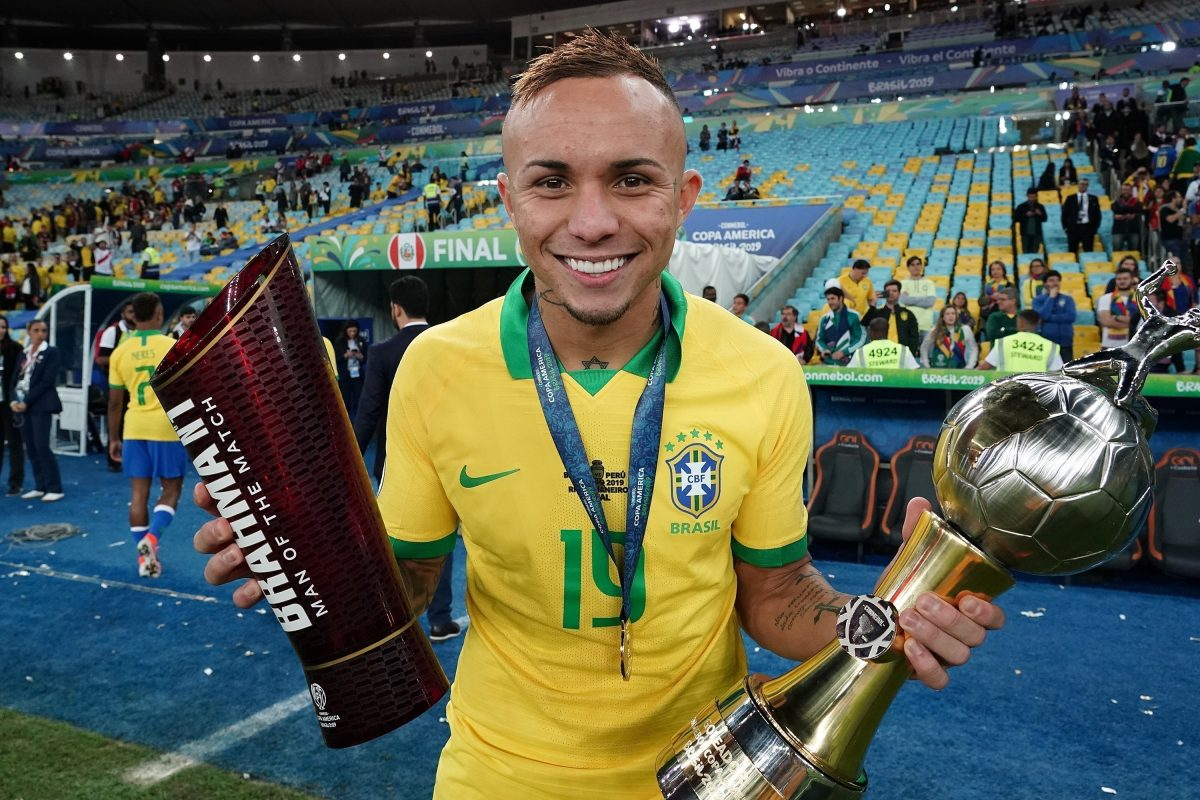 Grêmio forward Everton in action for Brazil